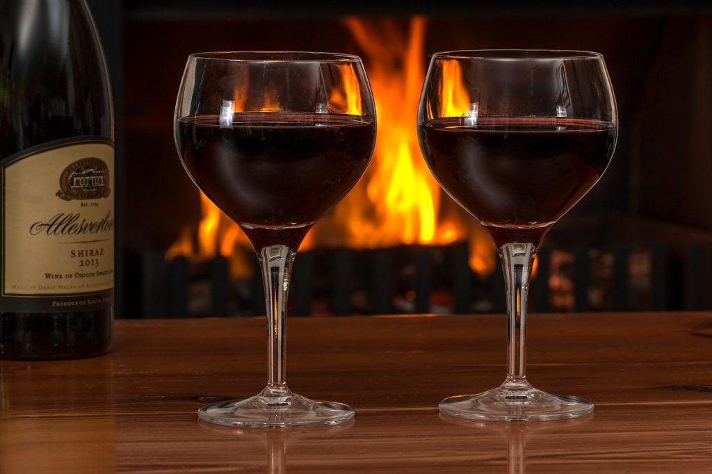 drinking-red-wine